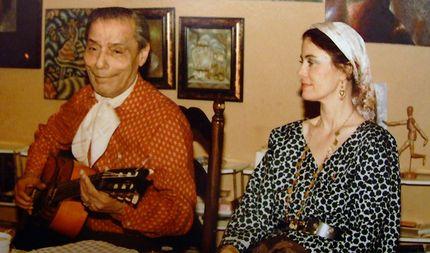 Алеша жил в песне, свободно обращаясь с мелодией, иногда меняя все ноты