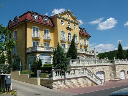 Hotel Korda Villa - уютный отель на окраине Будапешта