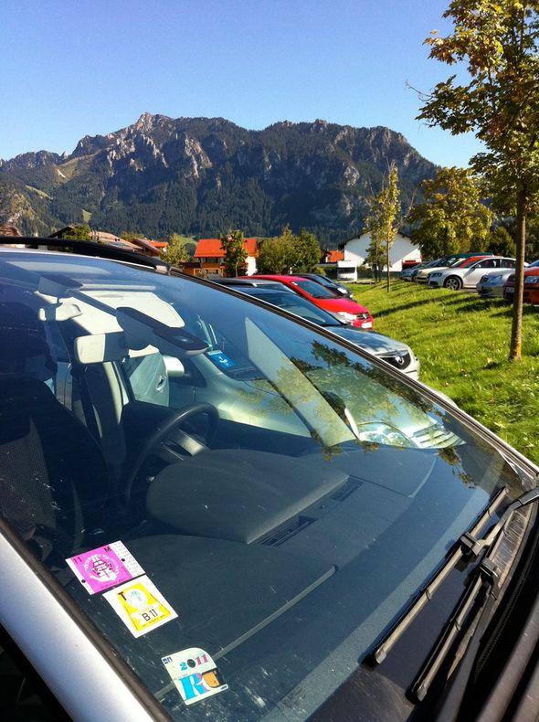 Моя машина на фоне Альп смотрится особенно привлекательно